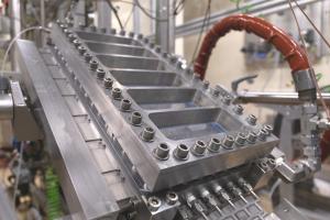 """Innovatieve fotoreactor biedt groeikansen voor flowchemie"" in NPT Procestechnologie"