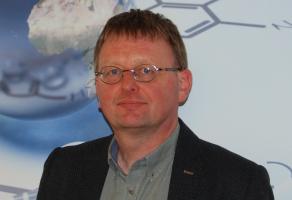 Dr. Koen Van Aken
